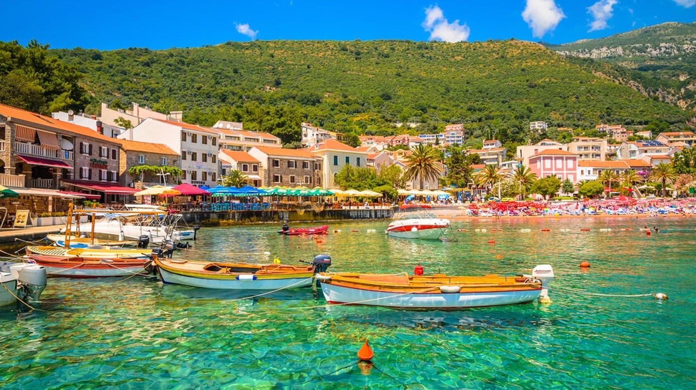 10 самых красивых мест для отдыха в Черногории